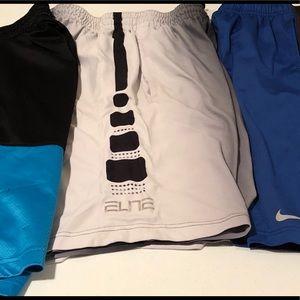Nike Men's shorts size M